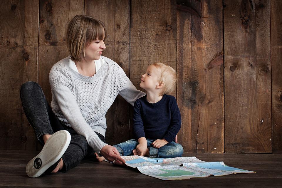 Las trabajadoras autónomas pueden beneficiarse de las bonificaciones por maternidad hayan cesado en el RETA o no